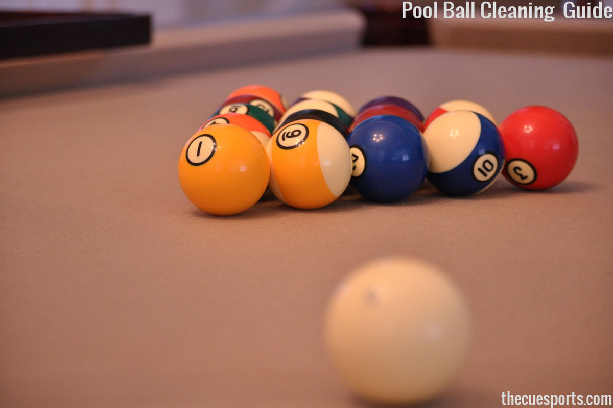 How-to-clean-pool-table-balls